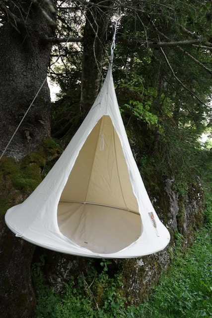 Test Hang In Out Single Cacoon