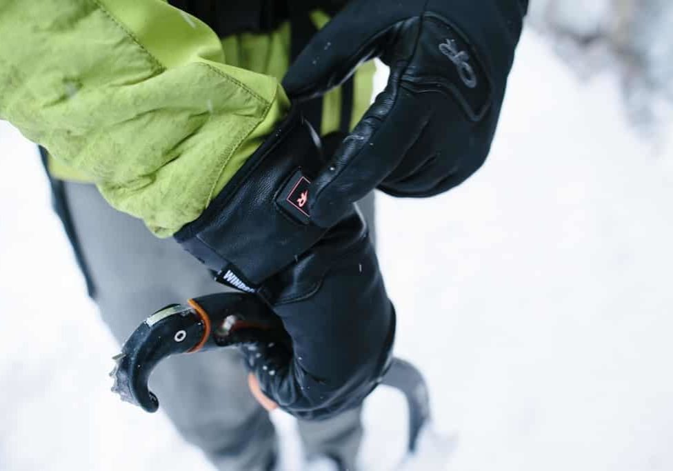 Outdoor_Research_Image_Stormtracker_Gloves_HW1415_Forest_Woodward_E1A9486
